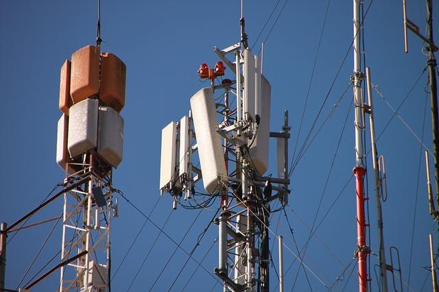 Antenne relais GSM - DANGER téléphone portable ?