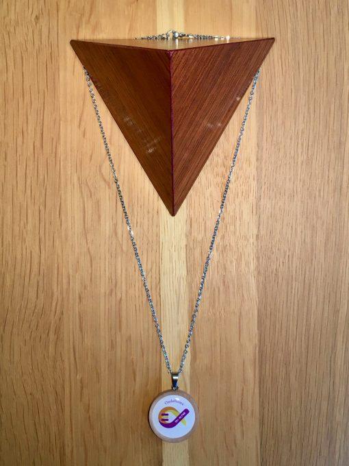 Pendentif anti onde ondehome essentiel tri alpha en Bois - Blanc collier anti-ondes électromagnétiques